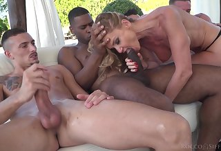 MILF sucks a bunch of dicks before trying them throughout