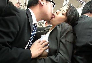 Japanese public bus blowjob and turtle-dove