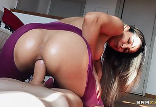 The dick feels as a result hard up her ass that she by fits to squirt