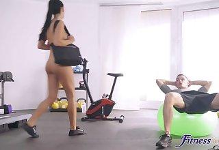 Bare-ass Workout with Beefcake Gym-buddy