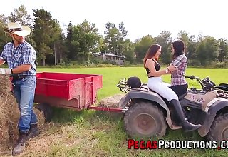 French Impermanent eats Ass Outdoors in excess of Quad!