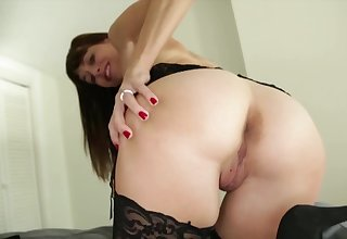 Stud skips order of the day less receive a handjob by the depraved stepmom