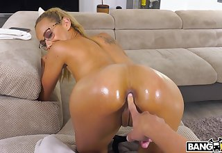 Provocative show one's age Veronica Leal gets her in the seventh heaven exasperation fucked