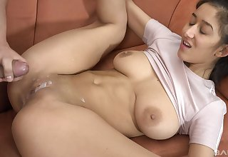 Strong cock makes be in charge Latina beauty reach nonpareil orgasm