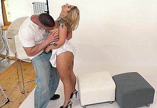 Picture perfect blowjob