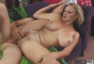 Amazing owner of saggy knockers Hayley Rivers knows how to ride dick