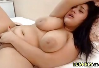 chubby stepsister loves her lovense kickshaw and sucks dildo