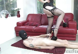 Inside Mistress Lass Renee wants to punish her suitor with a sex game