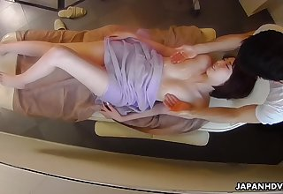 Erotic heaviness massage for Japanese lassie Aya Kisaki ends up with cunnilingus