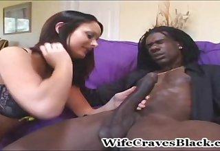 Melissa Lauren dates with black hung guy