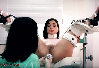 Crazy nurse, Minerva is toying wide Valentina Bianco, while they are solitarily in the office