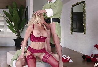 Hot beano threeway with Christmas cutie Brandi Love and two elves